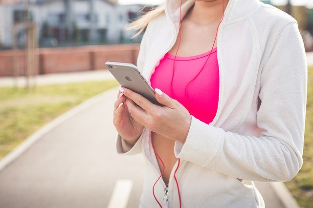 Pourquoi faire des activités physiques en écoutant de la musique ?